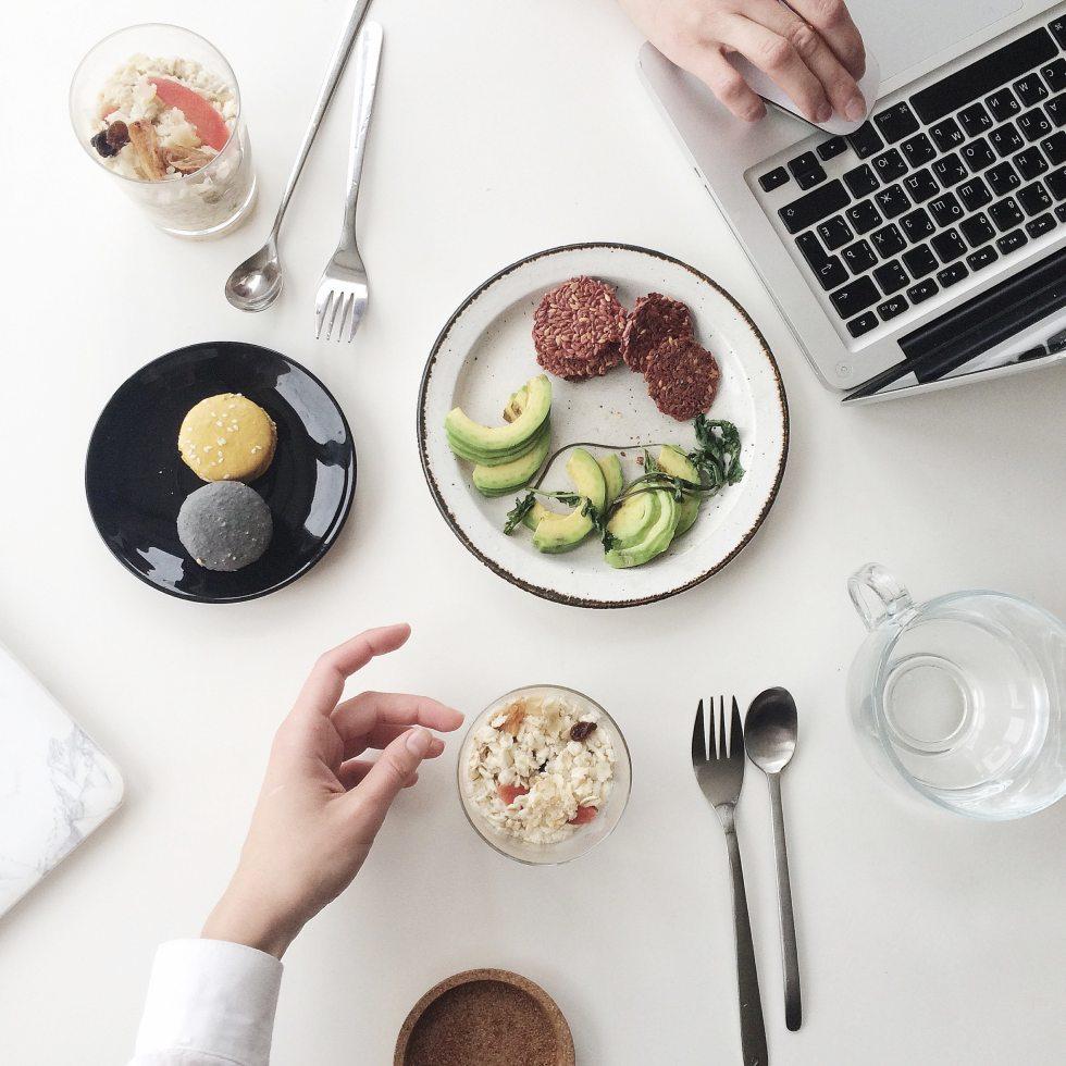 breakfast-cup-cutlery-1030943